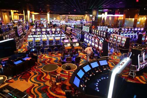 Live Casino - онлайн казино с живыми дилерами